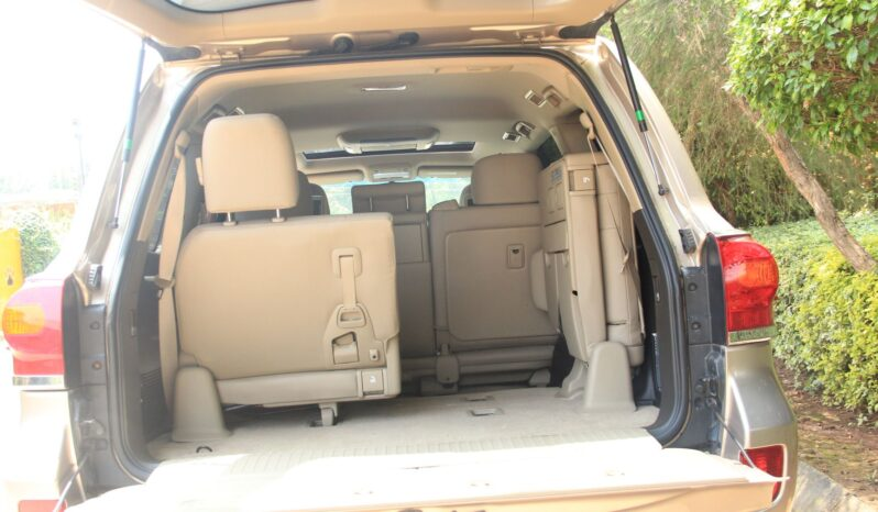 TOYOTA LANDCRUISER V8. full