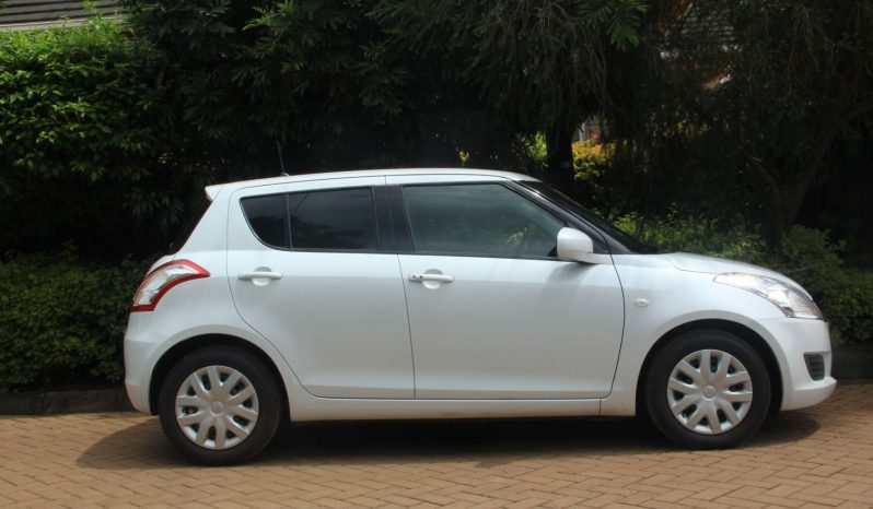 SUZUKI SWIFT. full